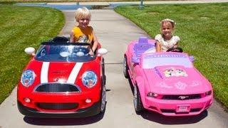 Download Kids Car Race - Mini Cooper vs the Princess Mustang Video
