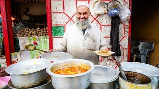Download Street Food in Gilgit + PAKISTANI VILLAGE FOOD | Ultra Happiness in Gilgit-Baltistan, Pakistan! Video