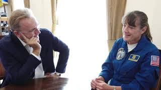 Download Видатна американська астронавтка з українським корінням відвідала львівську Ратушу Video