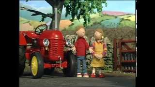 Download Little Red Tractor Series 1 ep 1 Big Bang Video