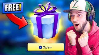 Download *FREE* PRESENT from EPIC GAMES - WHAT'S INSIDE...? - Fortnite: Battle Royale! Video