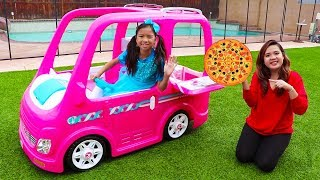 Download Wendy Pretend Play Food Delivery w/ Pink Barbie Food Truck Car Toy Video