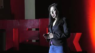 Download Qué la adversidad no te defina | Lucía Azarhet Olvera | TEDxArroyoDeLaPlata Video