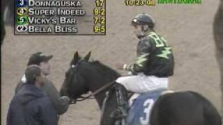 Download Horse racing oddity: incredible stretch run Video
