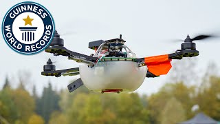 Download Drone display sets world record for most UAVs airborne simultaneously Video