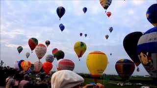 Download '14佐賀インターナショナルバルーンフェスタ 早朝のフライト風景 Video