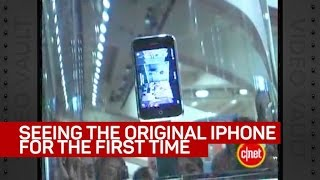 Download Seeing the original iPhone for the first time Video