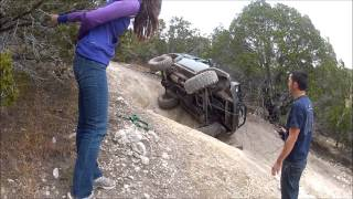 Download Girls Roll Jeep Cherokee XJ with solo recovery Video