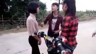 Download Học sinh trường TTGDTX đánh chị đại học ngân hàng Video
