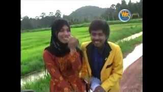 Download A.Rozaini Fatimah Pujaanku-k,oke Video