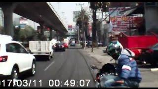 Download Atropella a rateros en Periférico Norte y queda grabado Video