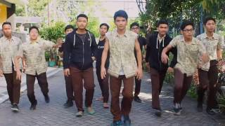Download CROWS ZERO INDONESIA Video