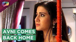 Download Avni Comes Back Home | Bebe Challenges Her | Naamkaran | Star Plus Video