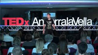 Download Ser feliz en el mundo líquido | David Rodríguez | TEDxAndorraLaVella Video