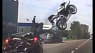 Download Road Bike Crashes 2017 & Motorcycle Mishaps #36 Video
