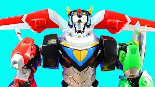 Download Voltron Legendary Defender 16″ Figure 5 Legendary Lions Practice Battles Power Rangers Megazord Video
