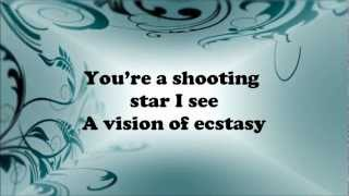 Download Rihanna - Diamonds Lyrics HD Video
