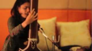 Download Albela Saajan Aayo - Nirali Kartik feat. Sandeep Mishra & Amit Mishra Video