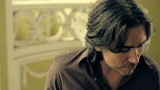 Download Jan Plestenjak - Ona sanja o Ljubljani Video