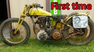 Download Starting engine of very old motorcycles Video