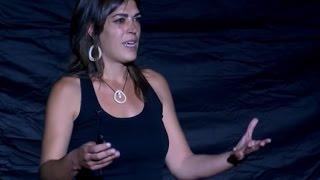 Download Una alfabetización emocional planetaria es posible | Ana Lamas | TEDxAlcarriaSt Video