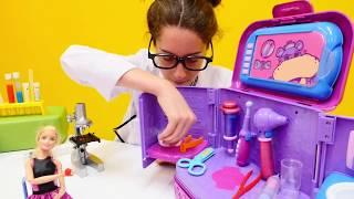 Download Barbie ile kız oyunları. Tüm videoları izle Video