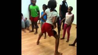 Download Unique Dancing Team Bossettes/Bosses Video