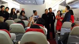 Download Air Asia X Cabin Crew - Incheon to KL - Freeze Game Video