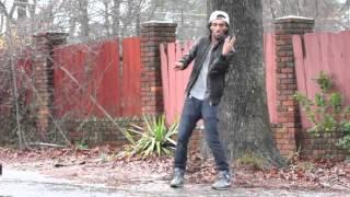Download Esse cara não dança ele humilha! Video