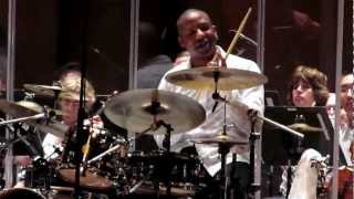 Download Chris Botti and The Philadelphia Orchestra - Billy Kilson Solo drum Video