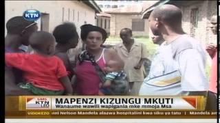 Download Vituko Uswahilini: Wanaume wawili wapigania mke mmoja Mombasa Video