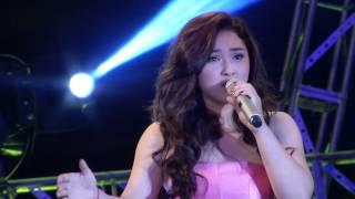 Download Vietnam Idol 2015 - Tập 1 - Nơi tình yêu bắt đầu - Ya Suy ft Bảo Trâm Video