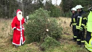 Download Feuerwehr Colmnitz Weihnachtsbaum in Notlage HD720p Video