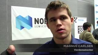Download Magnus Carlsen checkmates 20 people at the same time! Video