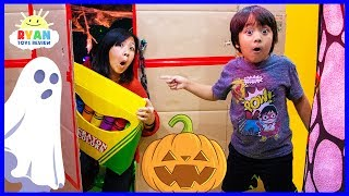 Download Ryan's Giant Crayons Lost in Halloween Box Fort Maze + Learn Colors!!! Video
