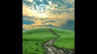 Download The best Mongolian melody: Gegeen alsad odoh yumsan (Гэгээн алсад одох юмсан) Video