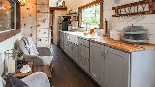 Download Tiny Traveling Farmhouse Video