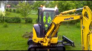 Download Komatsu PC 30 Excavator. Video