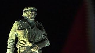 Download Fidel Castro se reencuentra con el Che, en Santa Clara Video
