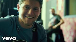 Download Niall Horan - Slow Hands Video
