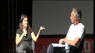 Download Festa del Fatto, Sabrina Ferilli intervistata dal direttore Marco Travaglio Video