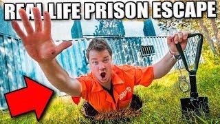 Download PRISON ESCAPE CHALLENGE THROUGH SECRET UNDERGROUND TUNNEL? Escaping The Hacker (24 Hour Challenge) Video