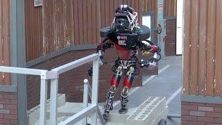 Download Humanoid Robots in Action - DARPA Robotics Challenge Video