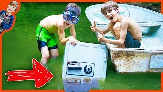 Download ABANDONED SAFE FOUND IN OUR NEIGHBOR'S POND! (LOOKS JUST LIKE CARTER SHARER SAFE) Video