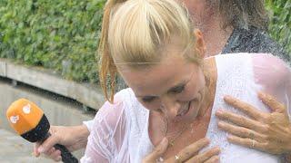 Download Andrea Kiewel - Ungewollte Einblicke: Dieser Ausrutscher im ZDF-Fernsehgarten war nicht geplant Video