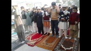 Download Mumy Baba Muj ko Dar-e-Arqam Mai pharhna hai Video