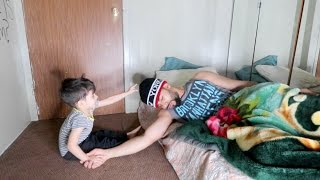 Download HOW A 2 YEAR OLD BABY WAKES ME UP!!! Video