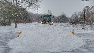 Download Cat 926M w/ MetalPless Maxxpro Clearing Snow Video