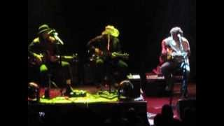 Download Les Claypool Duo De Twang with Dean Ween - ″Battle Of New Orleans″ at Gramercy Theatre, NYC 4/28/13 Video