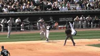 Download 2010/04/05 Buehrle's backhand play Video